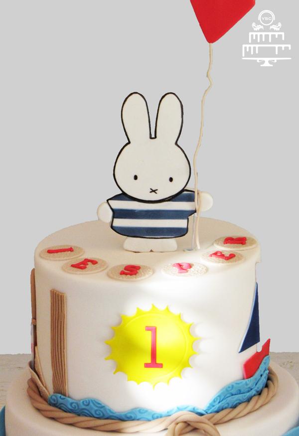 nijntje taart bestellen Nijntje sailor taart • Yummie Sweet Cakes nijntje taart bestellen