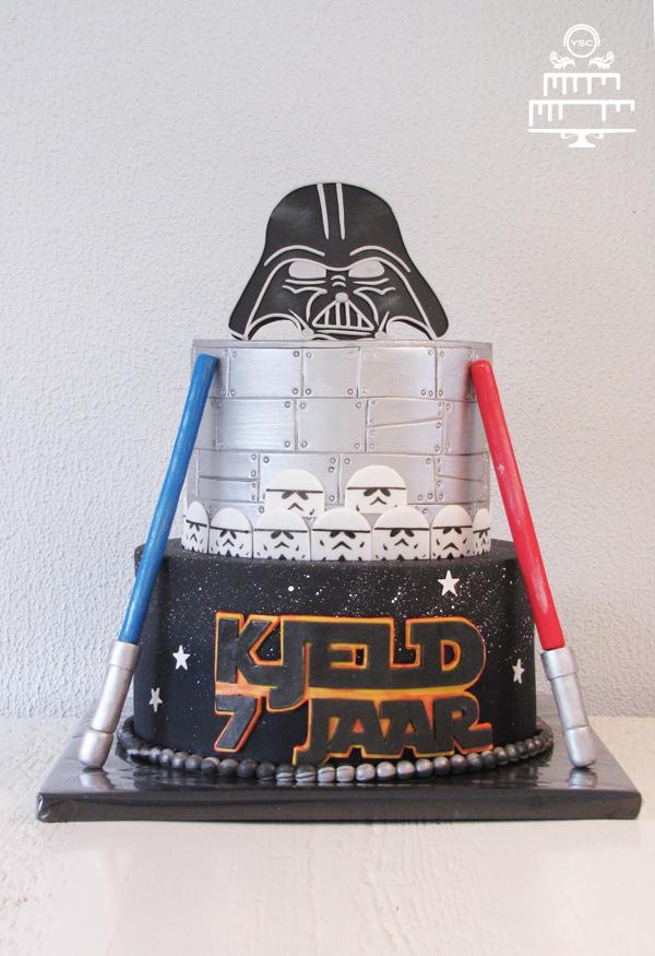 star wars taart Star Wars taart • Yummie Sweet Cakes star wars taart