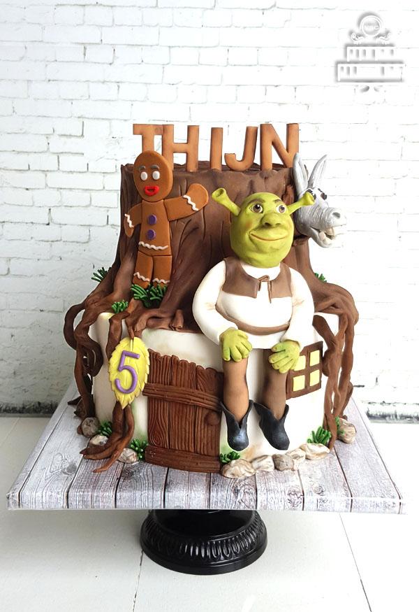 Tremendous Shrek Op Je Verjaardagstaart Yummie Sweet Cakes Funny Birthday Cards Online Benoljebrpdamsfinfo