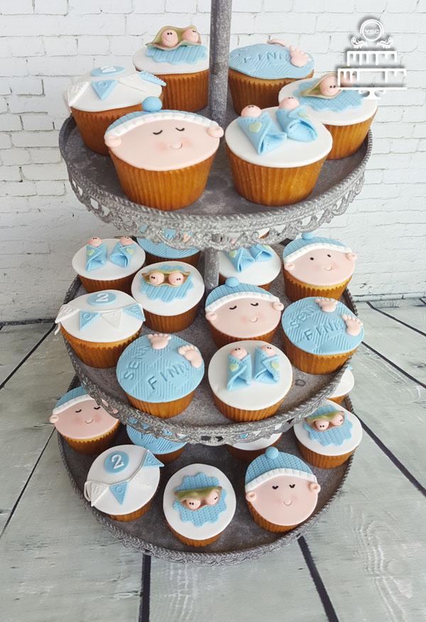 Geboorte cupcakes voor tweeling