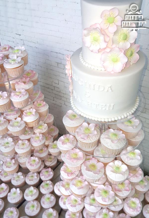 200 cupcakes en aansnijtaarten