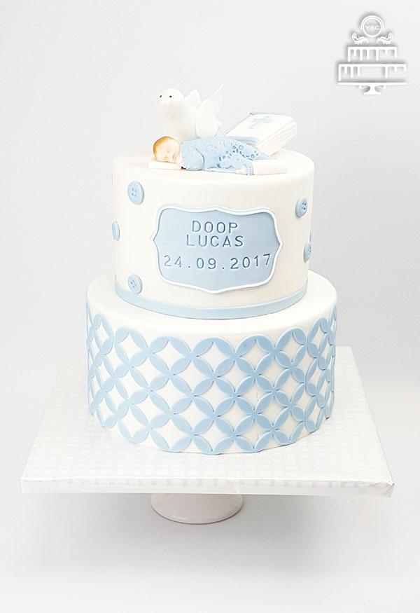 taart voor een doopfeest