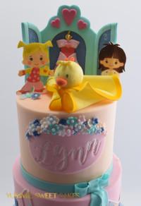 Chloe's Closet birthday cake