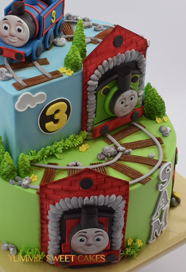 Thomas & Friends birthday cake for boy