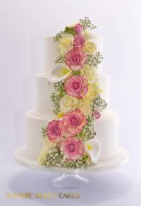 Een romantische trouwtaart