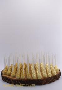 Honderd gouden cakepops